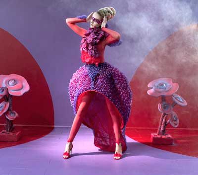 Wearables-in-smart-fabrics-fashion-show